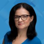 Denisa Lukačková - Human Resources